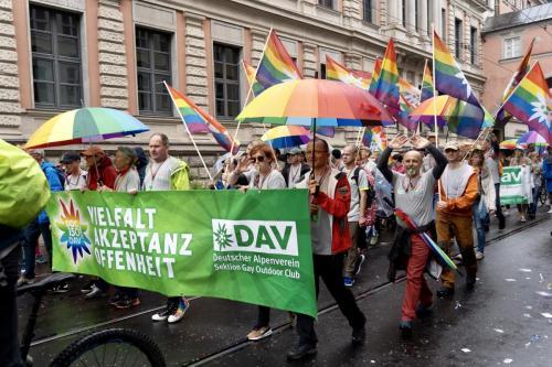 Unterstützt von DAV-Vizepräsidentin Melanie und unserem Freund Kalle aus Köln